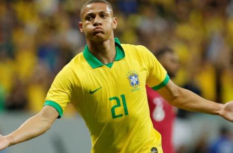 Brasil supera tensão, lesão de Neymar e vence o Qatar com tranquilidade