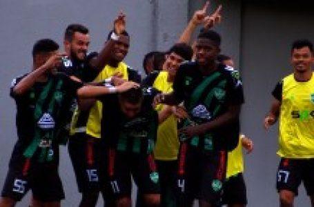 Arapongas empata com Azuriz e está a uma vitória da Segunda Divisão