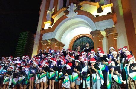 """Cantata com o Coral """"Anjos da Paz"""" abre programação do Natal Luz 2019"""