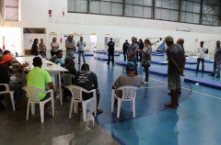 Prefeitura inicia remanejo de moradores em situação de rua para abrigo emergencial no CIE