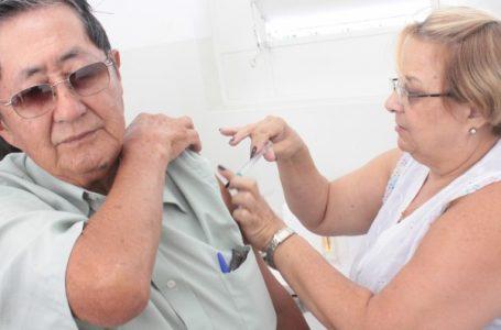 Vacinação contra gripe para idosos começa nesta segunda-feira