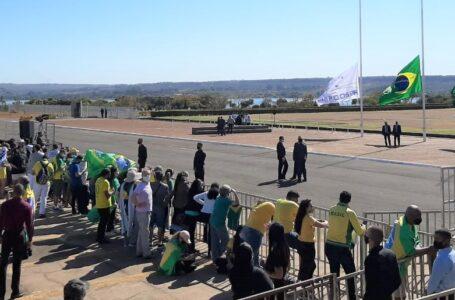 Sem desfile devido à pandemia, evento do 7 de Setembro reúne Bolsonaro e ministros no Alvorada