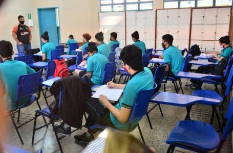 Paraná adota seis critérios para a retomada das aulas presenciais durante a pandemia de Covid-19