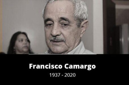 Zezé Di Camargo, parentes, famosos e autoridades participam do velório de Seu Francisco em Goiânia