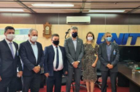 Reunião prepara investimentos para reduzir transtornos da linha férrea em Arapongas