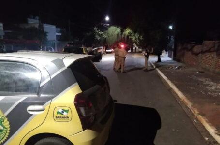 Assaltantes morrem em confronto com a polícia, após invadirem uma residência